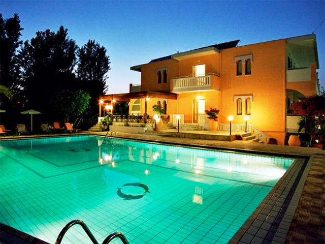 Canea Mare Hotel & Apartments