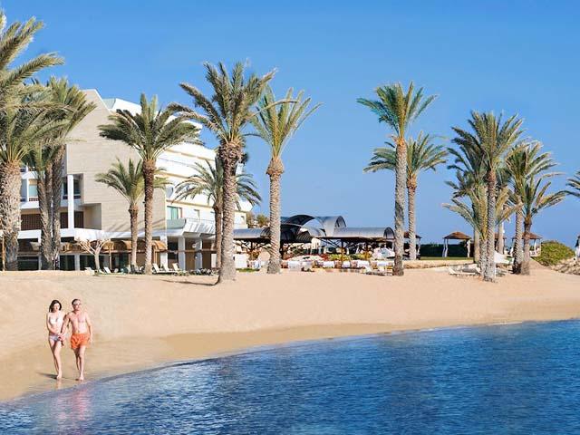 Constantinou Bros Pioneer Beach Hotel -