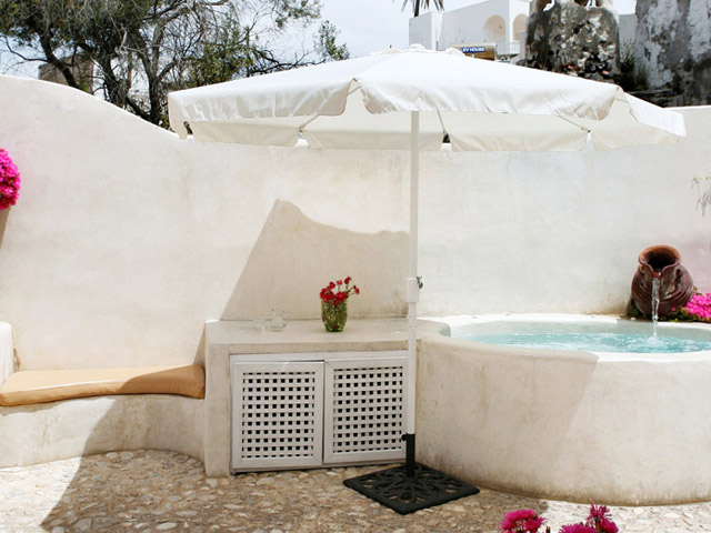 Villa IVI: Exterior View Pool Area
