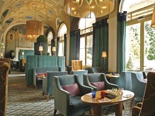 Evian Royal HotelCafe
