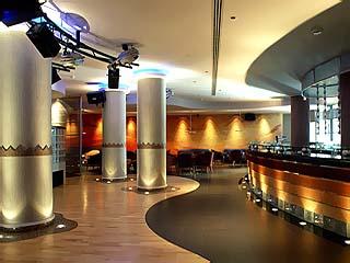 InterContinental Abu Dhabi Hotel: Bar