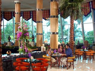 The Jumeirah Beach Hotel & Beit Al BaharPalm Court