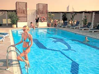Jumeirah Rotana HotelSwimming Pool