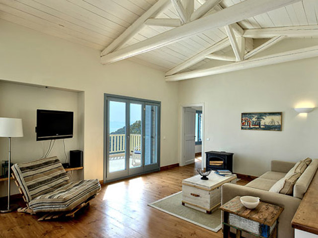 Urania Luxury Villas: