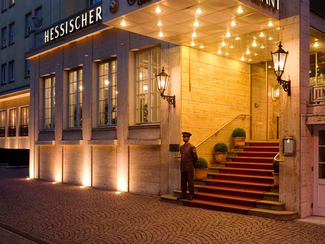 Hessischer Hof Hotel - Entrance