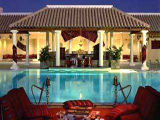 JW Marriott Hotel DubaiSwimming Pool