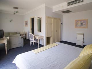 Airotel Stratos Vassilikos Hotel: Junior Suite