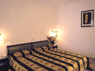 Aeolian Village Beach ClubFamily Bungalow Bedroom