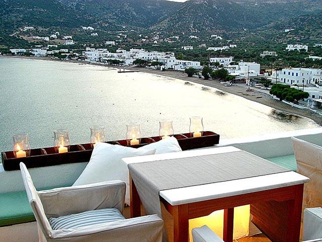 Niriedes Hotel Suites
