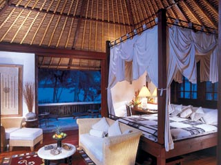 The Oberoi - LombokVilla bedroom