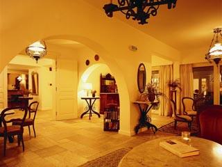 Leto Hydra Hotel: Hall