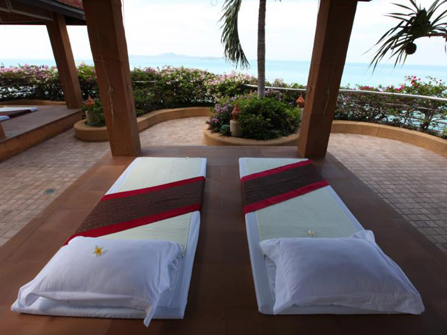 Royal Cliff Grand Hotel & Spa: Cliff Spa-outdoor