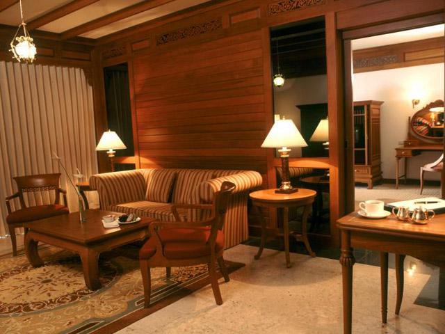 Royal Cliff Grand Hotel & Spa: Junior Suite