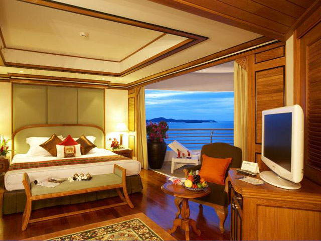 Royal Cliff Grand Hotel & Spa: Regency Suite (1 bedroom)