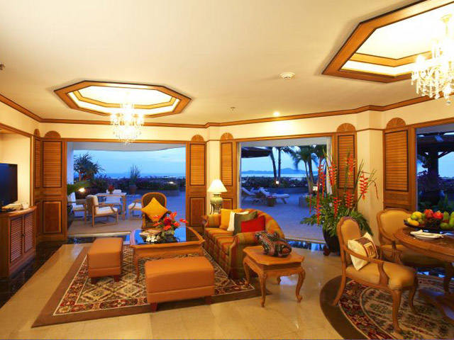 Royal Cliff Grand Hotel & Spa: Royal Suite