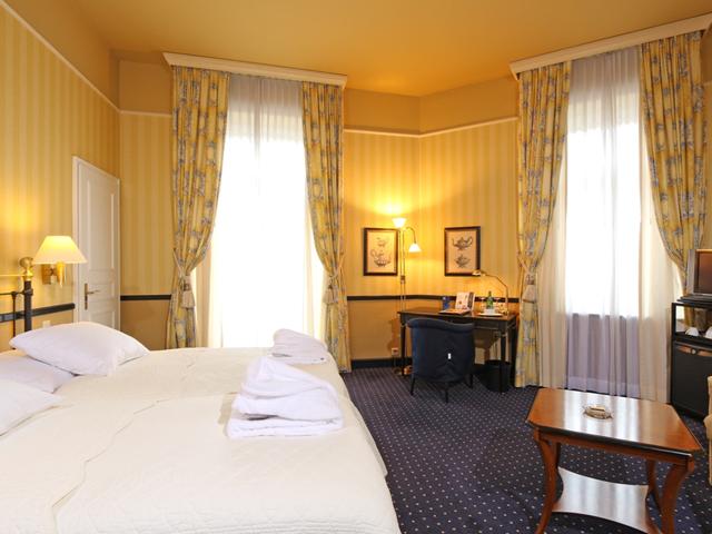 Ambassador Hotel Zurich - Bedroom
