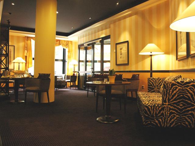 Ambassador Hotel Zurich - Lobby