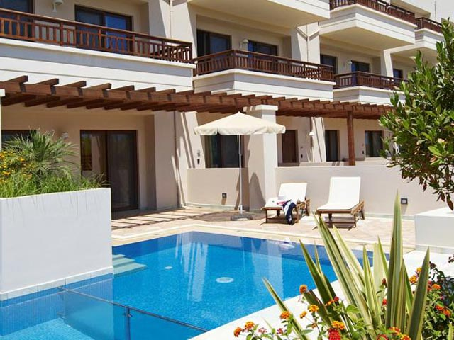 Asterion Luxury Beach Hotel & Suites: