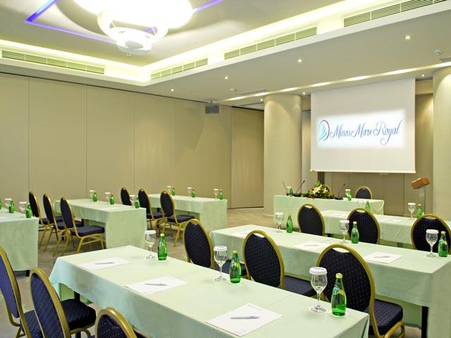 Minos Mare Hotel: