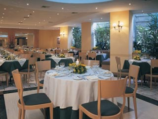 The Golden Age of AthensGolden Restaurant