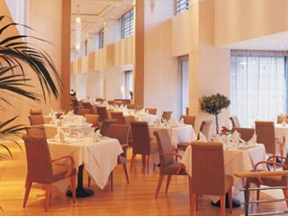 The Golden Age of AthensGolden Moments Restaurant