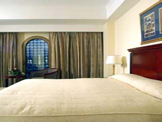 Madinah Moevenpick HotelRoom