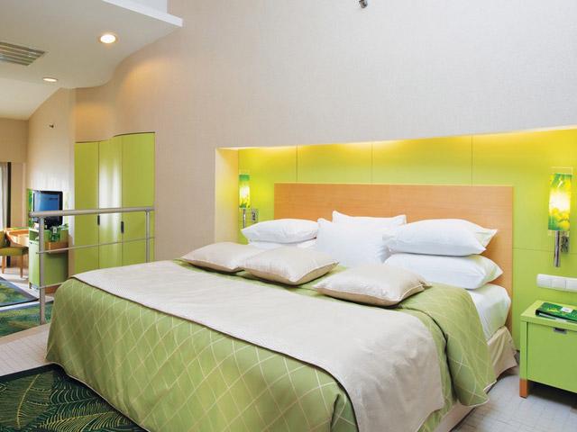 Cornelia De Luxe Resort: