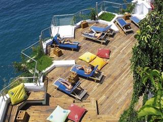 Korumar Hotel De Luxe: Beach
