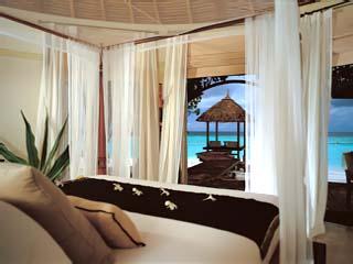 Banyan Tree Maldives VabbinfaruInterior of Beach Front Deluxe Jacuzzi Villa
