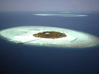 Banyan Tree Maldives VabbinfaruPanoramic View