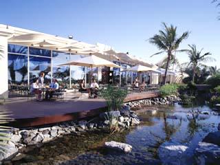 Hilton International Abu DhabiVascos Terrace