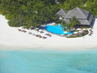 Filitheyo Island ResortPool Bar