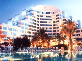 Sheraton Jumeirah Beach Resort and TowersExterior View at night