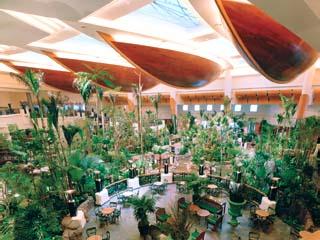 Grand Hyatt DubaiAtrium