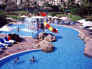 Grand Hyatt DubaiSwimming Pool