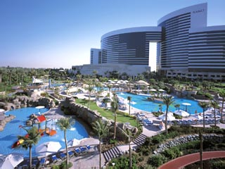 Grand Hyatt DubaiSwimming Pool