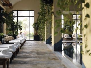 Grand Hyatt DubaiIndoor Swimming Pool