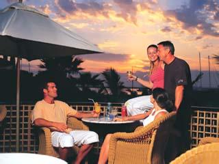 Le Meridien Mina Seyahi Beach Resort and MarinaBarasti Sunset