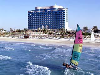 Le Meridien Mina Seyahi Beach Resort and MarinaExterior View