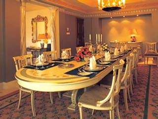 The Madina OberoiGrand Royal Suite Dining