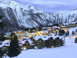 Des Trois Vallees HotelPanoramic View