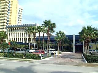 Holiday Inn Hollywood Beach