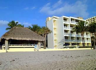 Holiday Inn Hollywood BeachSwimming Pool