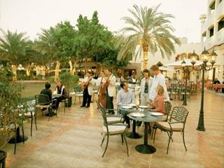 Le Meridien Abu DhabiRestaurant