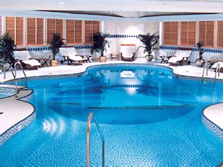 Le Royal Meridien Abu DhabiIndoor Swimming Pool