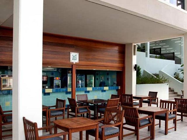 Hilton Ras Al Khaimah Hotel - Aqua Bar