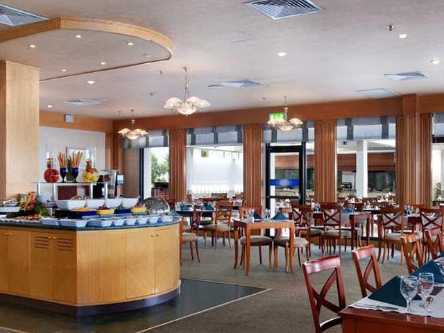 Hilton Ras Al Khaimah Hotel - Al Khor Restaurant