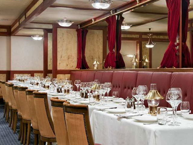 Hilton Ras Al Khaimah Hotel - Hoof n Fin Restaurant