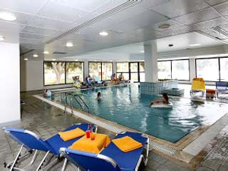 Avanti HotelIndoor Swimming Pool
