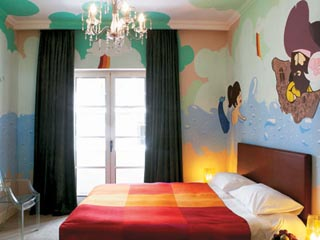 Graffiti Double Room